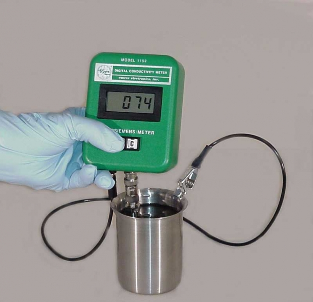Digital Conductivity Meter : Model digital conductivity meter emcee electronics
