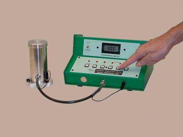 Emcee Conductivity Meter : Model precision conductivity meter emcee electronics